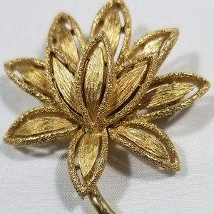 Vintage custom signed pin brooches jewelry